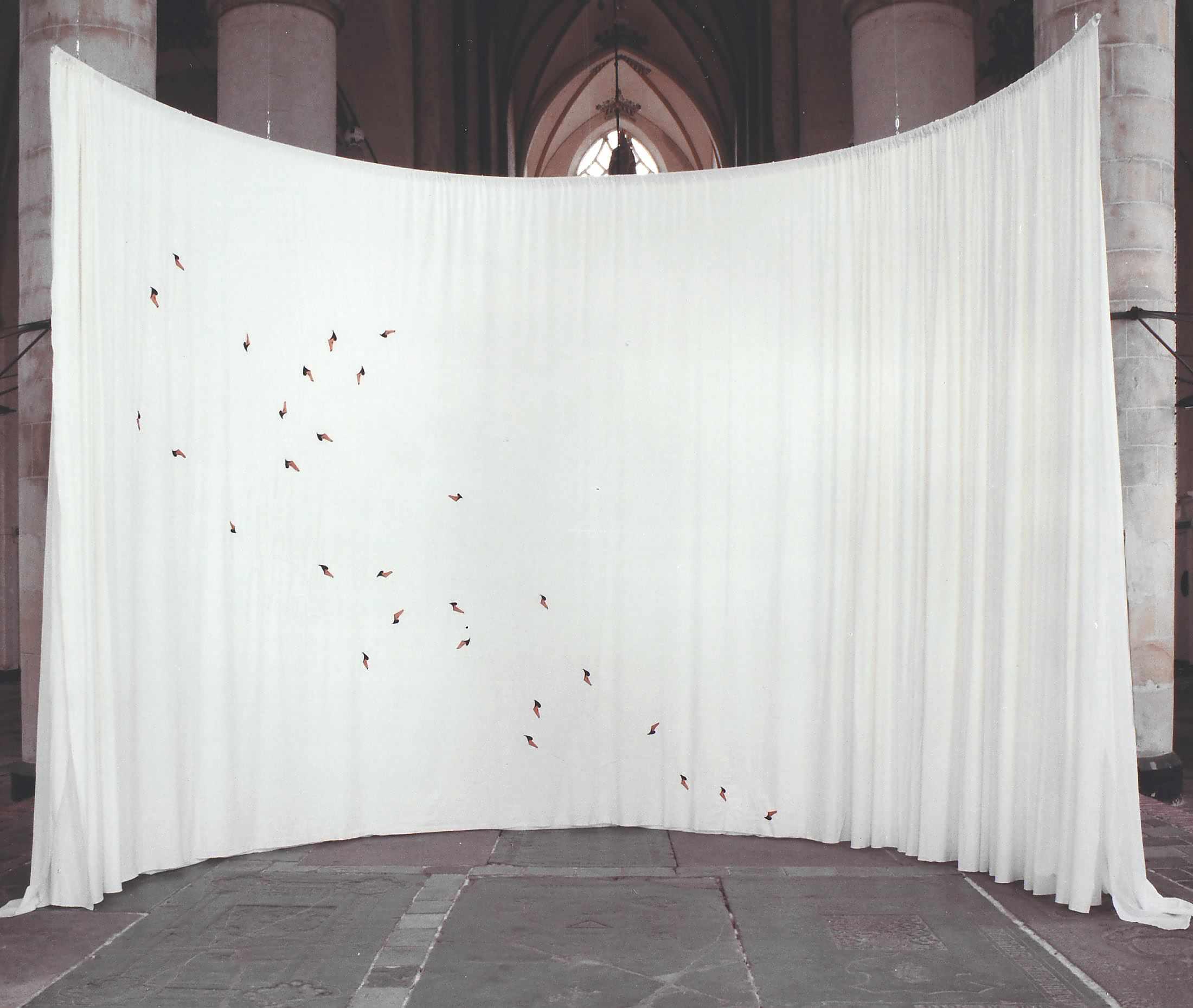 embroidery - swans - bergkerk - deventer - borduren 2000