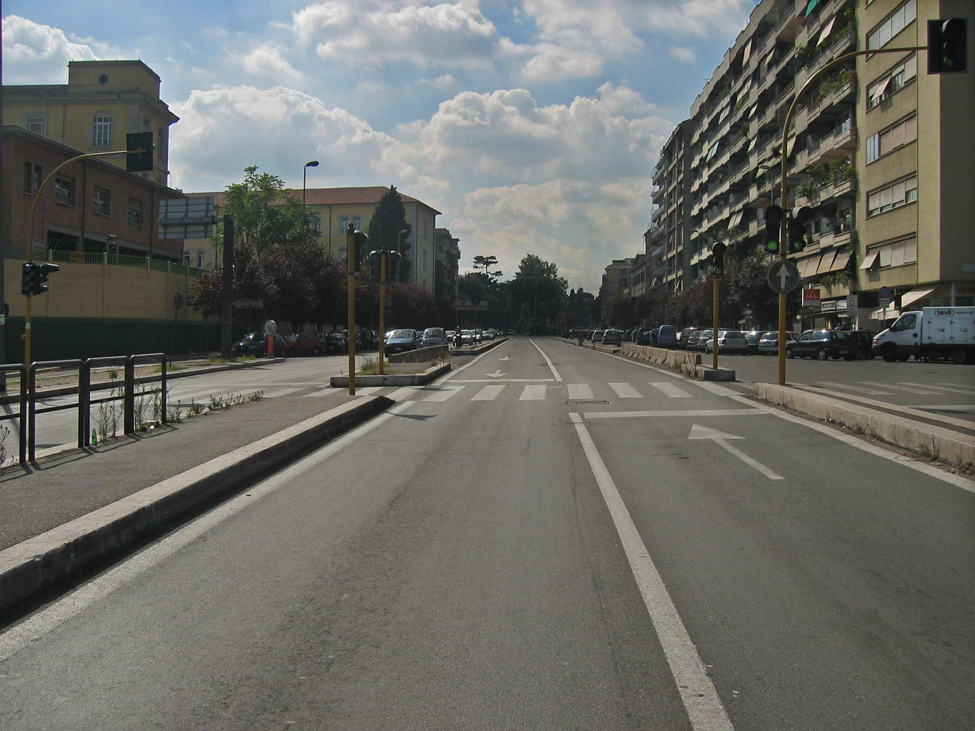 Rome, via Nomentana, Down the road blow I