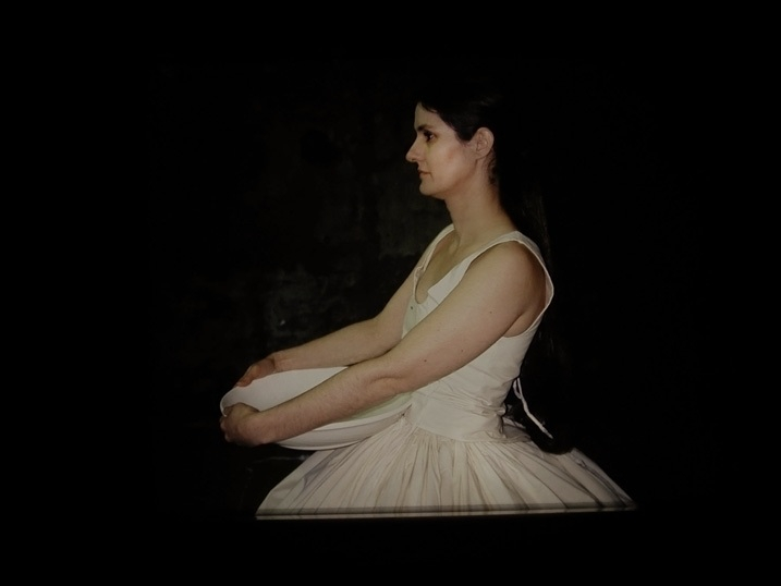 Performance Waiting by Connie Dekker, Middelburg